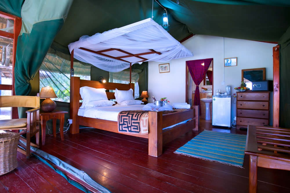 Kiboko-Bay-Luxurious-Safari-Tents